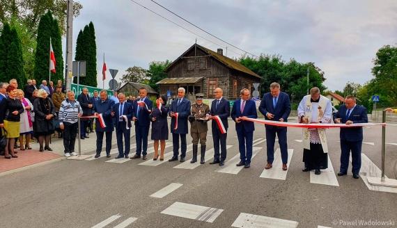 Mieszkańcy mogą korzystać z nowej trasy z Czyżewa do Wysokiego Mazowieckiego, fot. Paweł Wądołowski