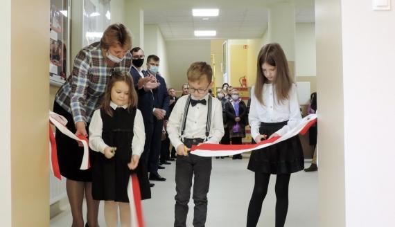 Uroczystość otwarcia szkoły w Kuleszach Kościelnych - relacja Adama Dąbrowskiego