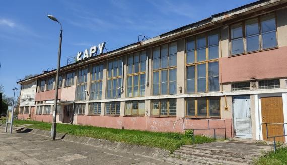 Dworzec kolejowy w Łapach, fot. Adam Janczewski