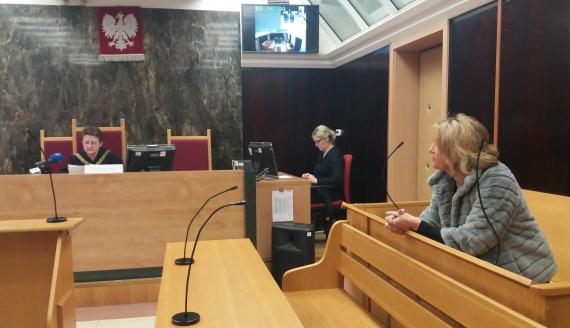 Sąd umorzył postępowanie ws. właścicielki augustowskiego hotelu, która miała grozić Jarosławowi Zielińskiemu, fot. Marcin Kapuściński