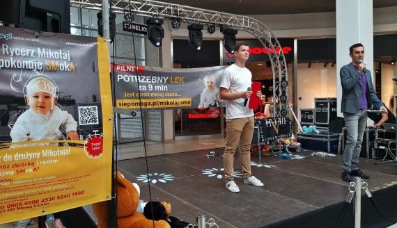 Mikołaj walczy z SMA - w białostockiej galerii trwa charytatywny kiermasz, fot. Olga Gordiejew