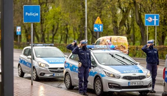 Podlascy policjanci żegnają kolegę zastrzelonego w Raciborzu, fot. Paweł Wądołowski