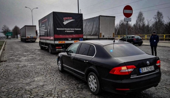 """42-latek przyszedł na egzamin na """"podwójnym gazie"""", fot: Policja Podlaska"""