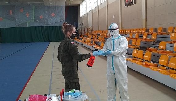 Żołnierze WOT przygotowują się do pomocy w walce z koronawirusem, fot. Wojciech Szubzda