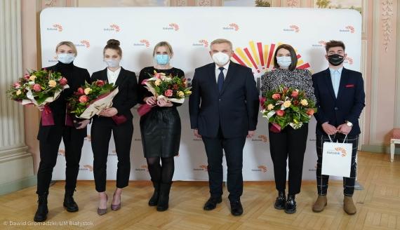 Prezydent Białegostoku pogratulował srebrnego medalu ME Natalii Maliszewskiej, źródło: Dawid Gromadzki/ UM Białystok