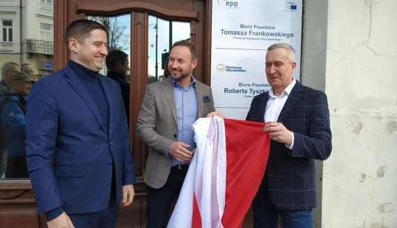Tomasz Frankowski i Robert Tyszkiewicz otworzyli w Suwałkach biuro poselskie, fot. Jakub Mikołajczuk