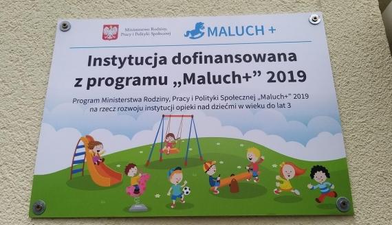 Wojewoda i burmistrz Supraśla podpisali umowę na dofinansowanie 20 miejsc dla maluchów w żłobku, który powstał w Supraślu, fot. Olga Gordiejew