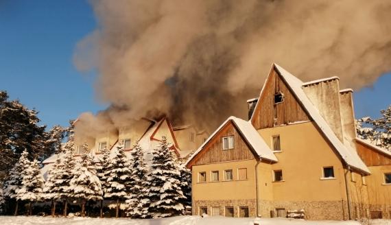 Ogromny pożar hotelu w Augustowie, fot. Słuchacz