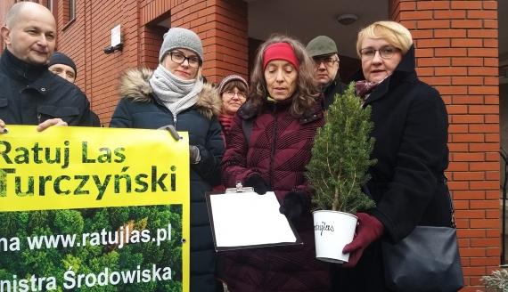 Grupa mieszkańców apeluje do kurii ws. wycinki lasu turczyńskiego, fot. Ryszard Minko