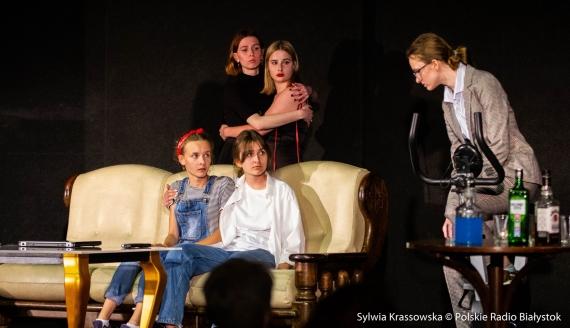 """""""Moralność pani D."""", czyli dulszczyzna w naszych czasach - spektakl w białostockich Spodkach, fot. Sylwia Krassowska"""