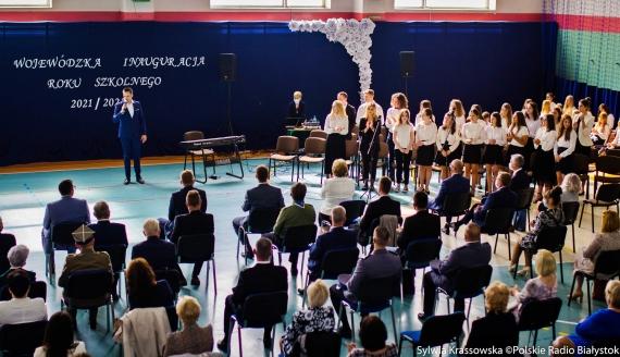 Wojewódzka Inauguracja Roku Szkolnego 2021/2022 w SP im. A. Mickiewicza w Sokołach, fot. Sylwia Krassowska