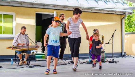 Tańce-hulańce z Kapelą Batareja w Centrum im. Ludwika Zamenhofa, fot. Sylwia Krassowska