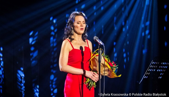 """""""Miłość i życie kobiety"""" - koncert Małgorzaty Trojanowskiej w Polskim Radiu Białystok, fot. Sylwia Krassowska"""