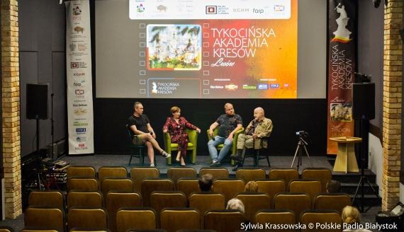 Spotkania literackie i filmowe - trwa Tykocińska Akademia Kresów, fot. Sylwia Krassowska