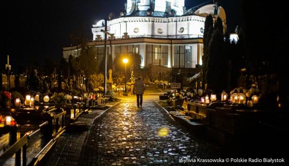 Cmentarze w Białymstoku ponownie otwarte, fot. Sylwia Krassowska
