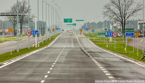 Al. Jana Pawła II w kierunku trasy ekspresowej S8, fot. Joanna Szubzda