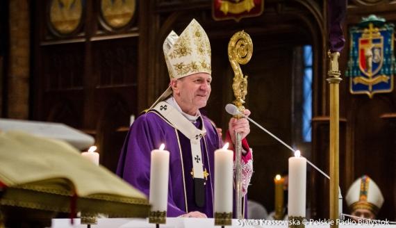 Msza święta dziękczynna za posługę abp. Tadeusza Wojdy w Archidiecezji Białostockiej, fot. Sylwia Krassowska
