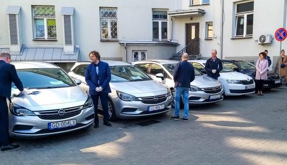 Samochody dla stacji sanitarno-epidemiologicznych, fot. Grzegorz Pilat