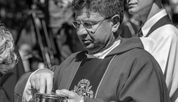 ks. Arkadiusz Pietuszewski, fot. Sanktuarium Matki Bożej Studzieniczańskiej w Studzienicznej