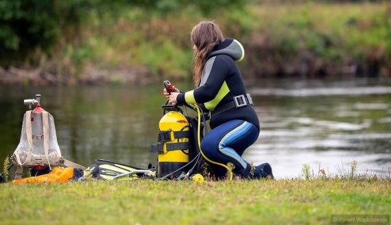 Sprzątanie rzeki Pisa, fot. Paweł Wądołowski