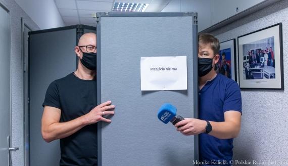 Jak działa zdalne radio - pokazują Kamil Kalicki i Andrzej Ryczkowski, fot. Monika Kalicka