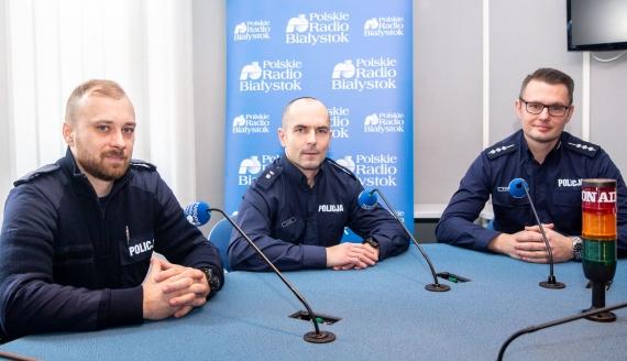 sierż. Robert Gaździk, podkom. Mirosław Klimuk i st. asp. Marcin Gawryluk, fot. Joanna Szubzda