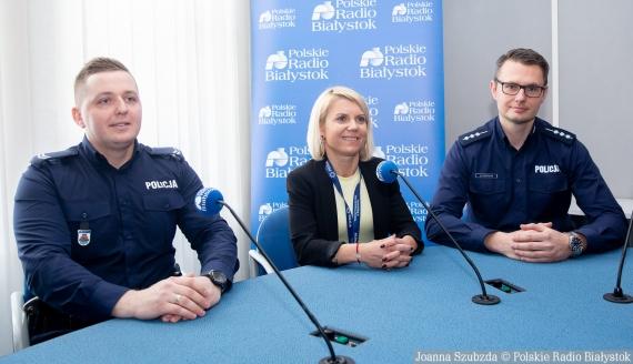 st. sierż. Piotr Niewiarowski, Urszula Telicka-Hajduk i st. asp. Marcin Gawryluk, fot. Joanna Szubzda