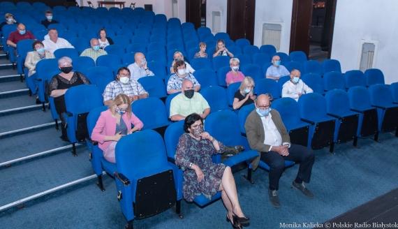 """""""Wszystko w rodzinie"""" w Teatrze Dramatycznym po przerwie, fot. Monika Kalicka"""